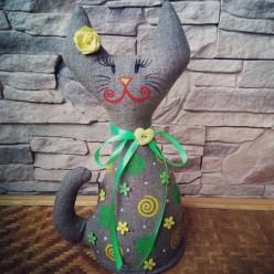 """Яркая мягкая стоячая игрушка """"Кошка Жёлтая и Зелёная"""" (ГИ-0006)"""